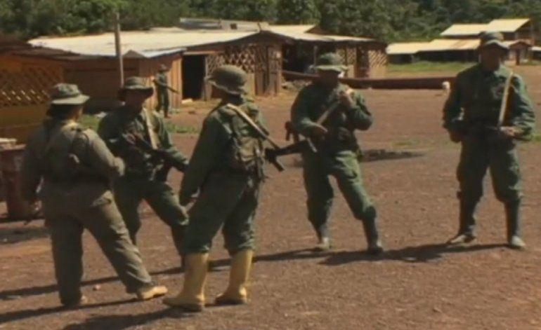 Militares acaban con la protesta de los familiares de los mineros asesinados en Venezuela