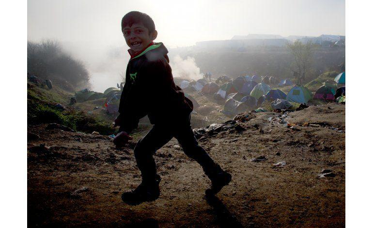 Grecia espera convencer a migrantes para desalojar Idomeni