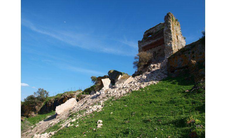 Fuertes críticas a restauración de castillo en España
