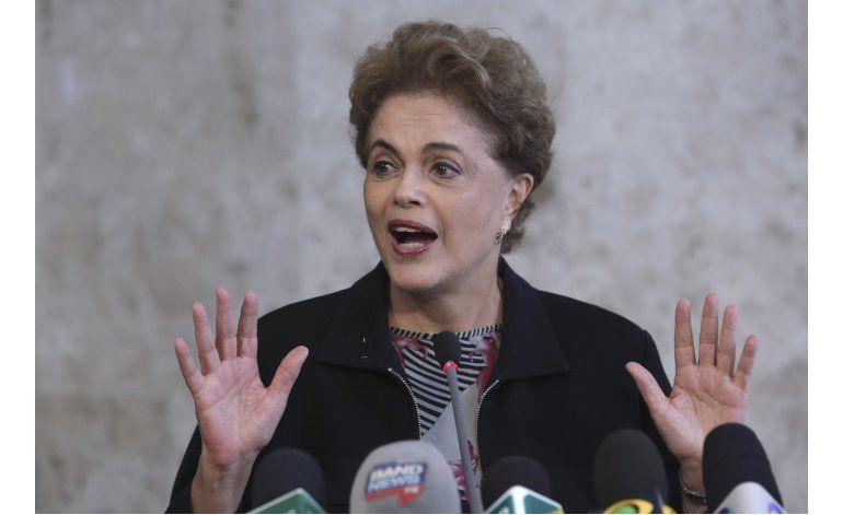 La presidenta de Brasil dice que no renunciará