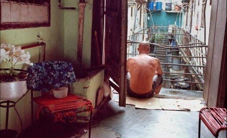 Raúl Castro debería legalizar la pornografía
