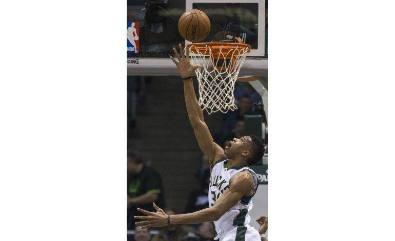 Bucks rompen racha de derrotas seguidas frente a Pelicans