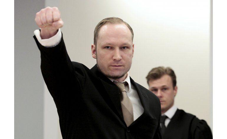 Extremista Breivik demanda a gobierno de Noruega