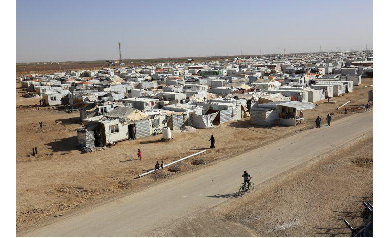 Refugiados sirios temen largo exilio tras 5 años de guerra