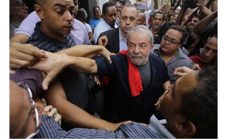 Ex senador brasileño llega a acuerdo a cambio de testimonio