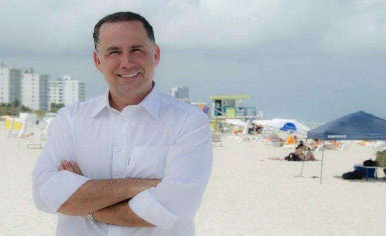 Alcalde Levine quiere el consulado cubano en Miami Beach