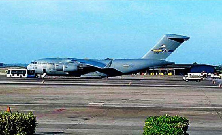 Aterriza en el Aeropuerto Internacional José Martí un avión militar de los Estados Unidos