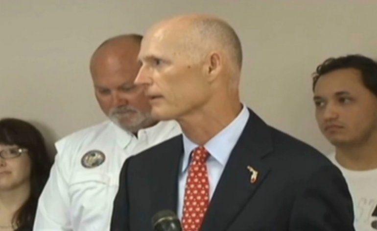 Gobernador Rick Scott  anuncia su apoyo al magnate Donald Trump