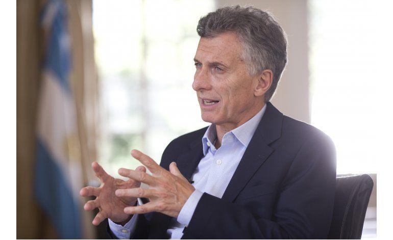 Entrevista AP: Macri condena corrupción; elogia visita Obama