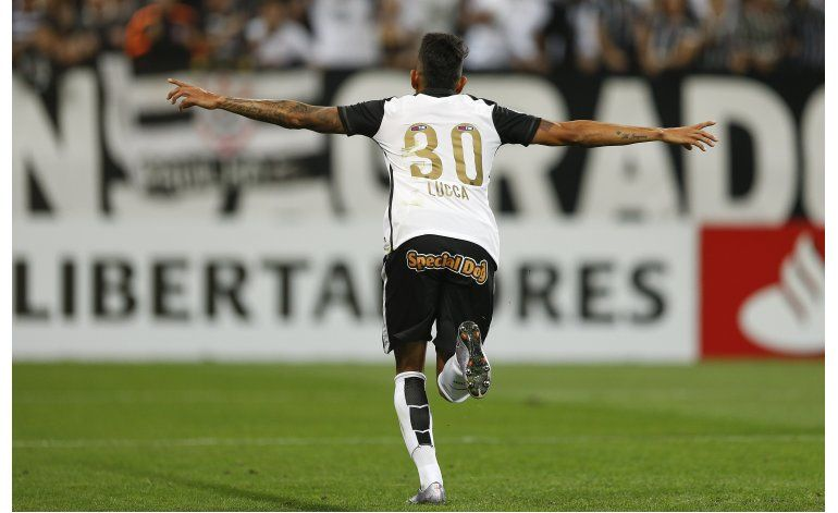 Libertadores: Corinthians vence a Cerro y toma la punta