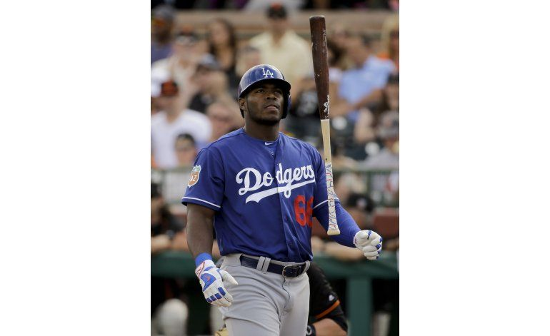 MLB no sancionará a Yasiel Puig por incidente en discoteca