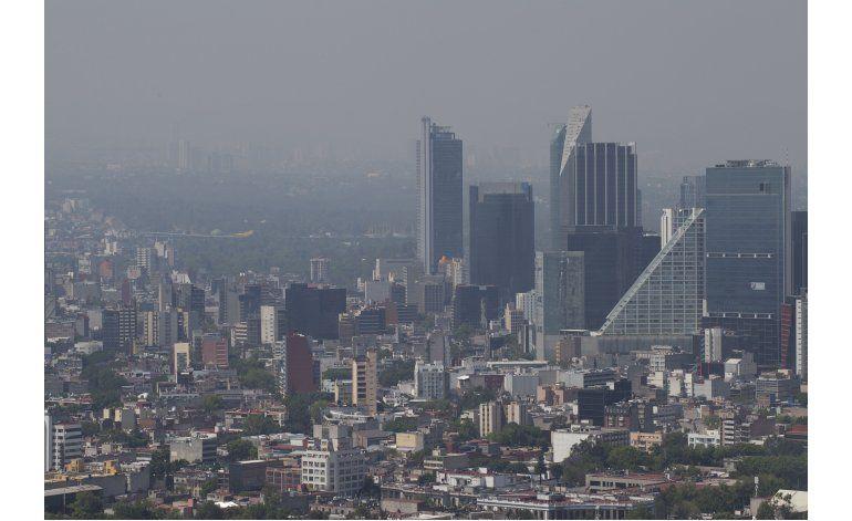 Ciudad de México extiende a 4to día alerta por ozono