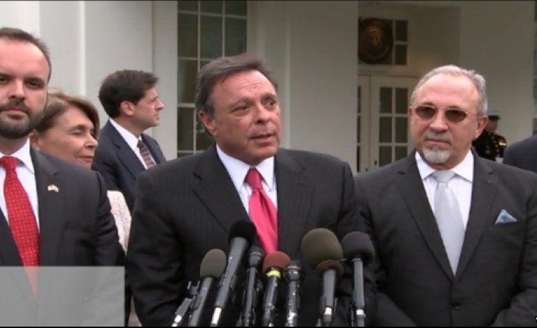 Recibió Obama en la Casa Blanca a 16 personalidades cubanoamericanas