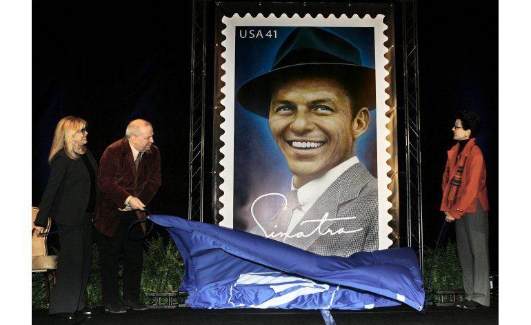 Frank Sinatra Jr. muere de un infarto durante gira musical