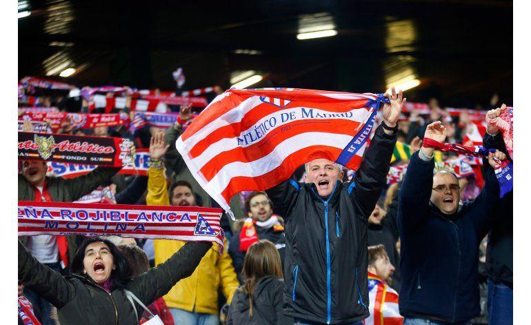 Comparecen ante juez español 6 aficionados del PSV