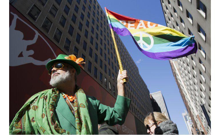 Grupos gay participan por 1ra vez en desfile San Patricio NY