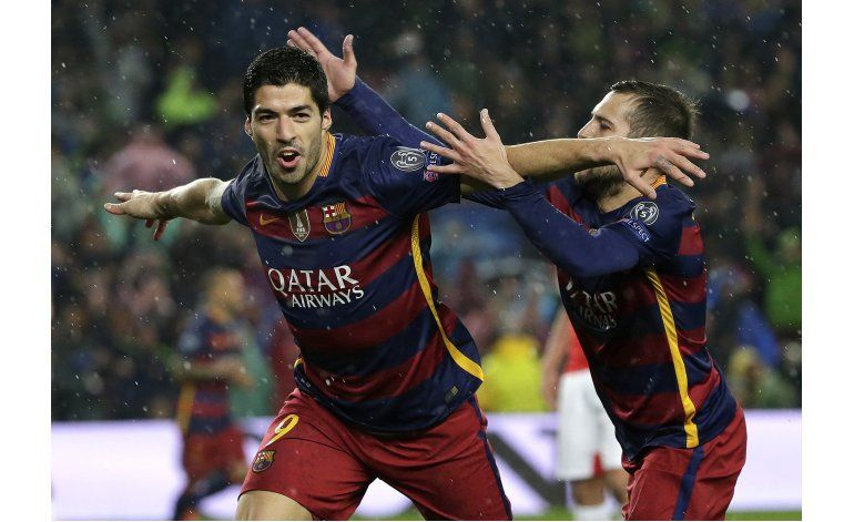 Líder Barcelona visita a Villarreal antes del clásico