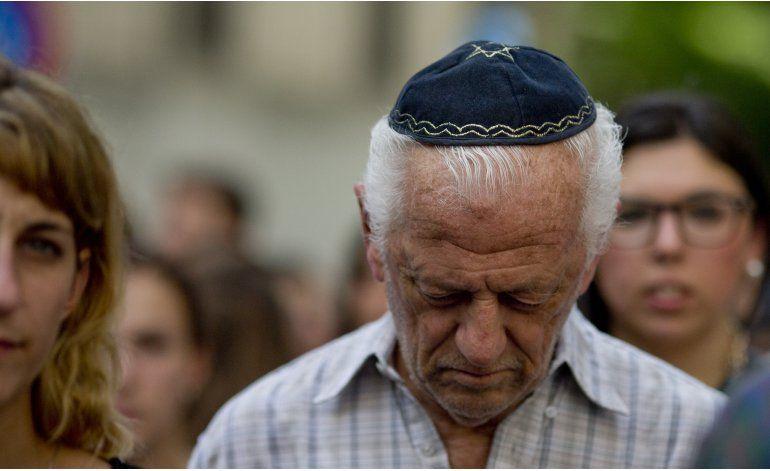 Recuerdan a víctimas de ataque embajada Israel en Argentina