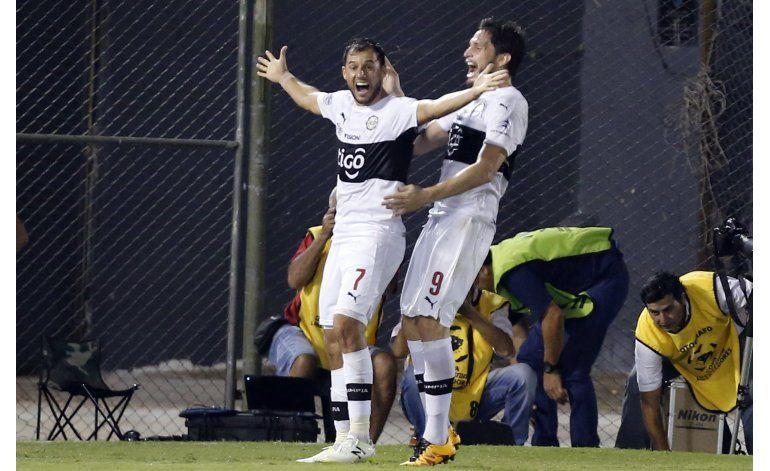 Libertadores: Olimpia vence 4-2 a Emelec y revive