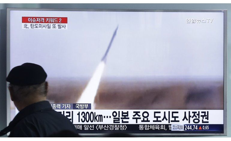 Seúl: Corea del Norte disparó un misil balístico al mar