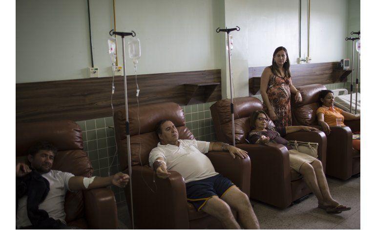 Zika: Brasil lucha contra falta de dinero e inoperancia