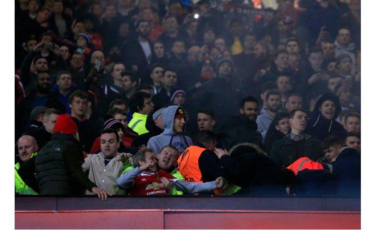 UEFA abre expediente disciplinario a United, Liverpool