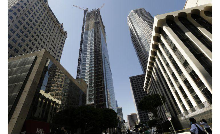 Muere un trabajador al caer de rascacielos en Los Ángeles