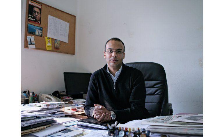 Egipto congela bienes de periodista y defensor de DDHH