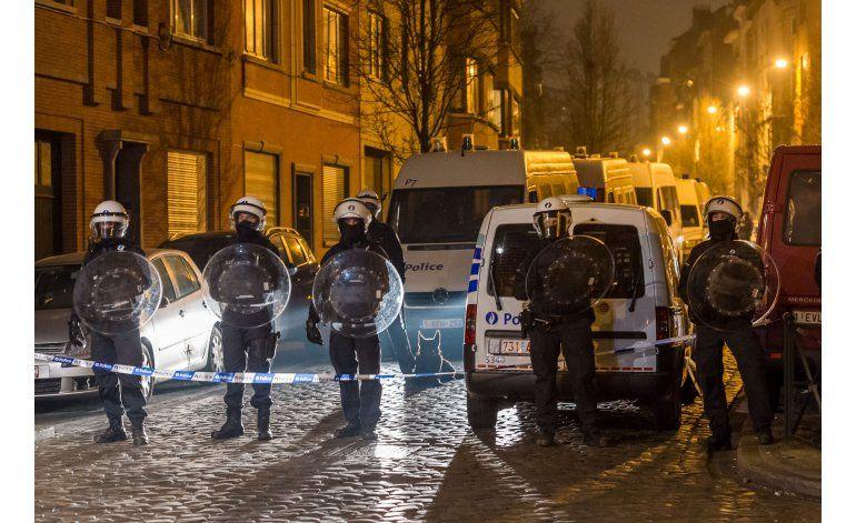 El pistolero abatido en Bruselas quería ser suicida de EI