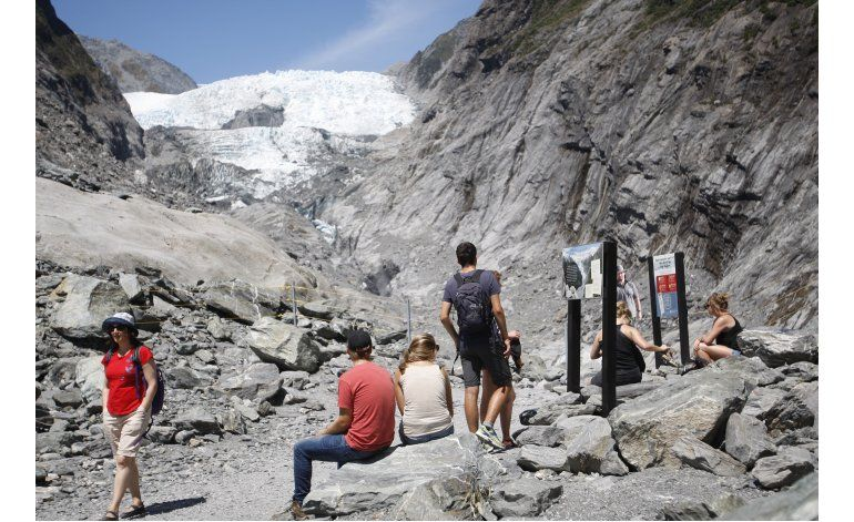 Derretimiento de glaciares pone fin a paseos en N Zelanda