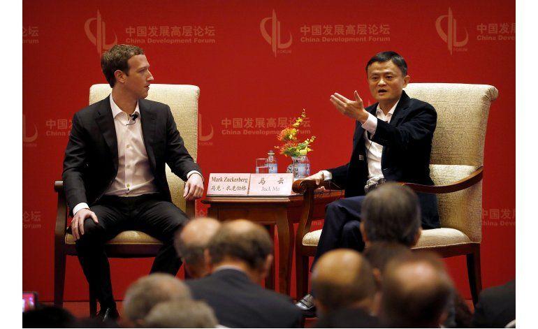 El jefe de Facebook se reúne con jefe de propaganda de China