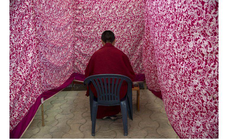 Tibetanos exiliados votan a gobierno rechazado por China