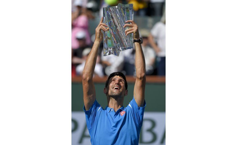 Djokovic y Azarenka se consagran en Indian Wells