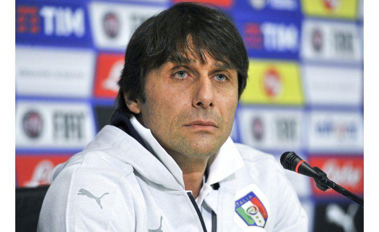 Conte niega tener arreglada su incorporación a Chelsea