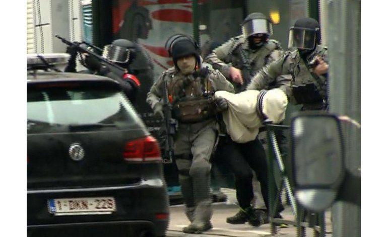 Investigan cómo fue que atacante de París eludió a policía