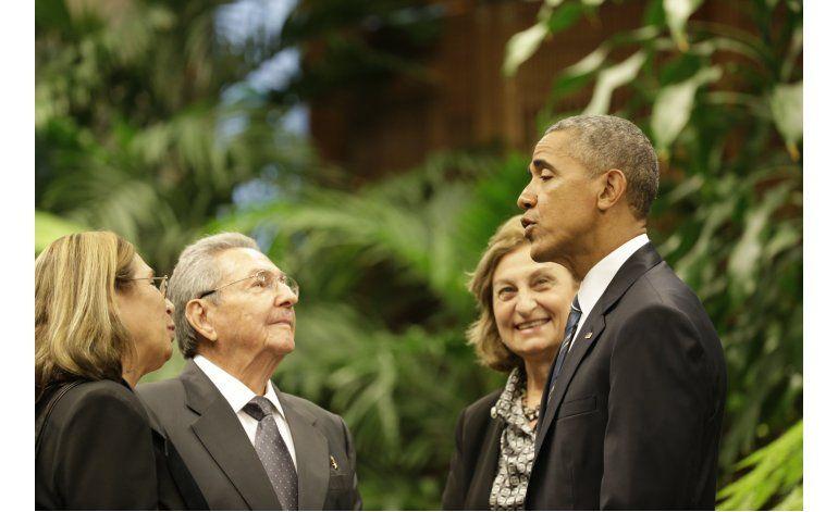 LO ULTIMO Kerry se reúne con negociadores de paz en Colombia