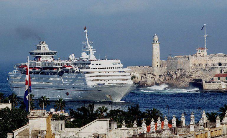 Carnival baja del crucero a los cubanoamericanos