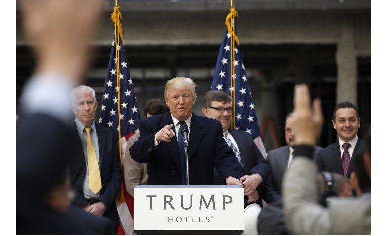 Trump pide unión a republicanos ante críticas de demócratas