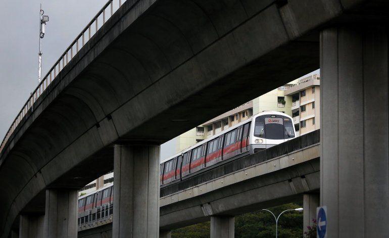 Dos muertos por accidente de tren en Singapur