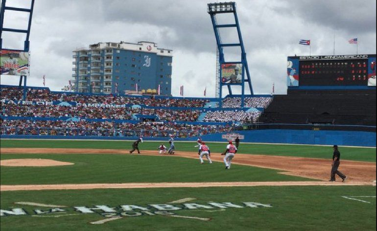 17 años después un equipo de Grandes Ligas vuelve a latinoamericano