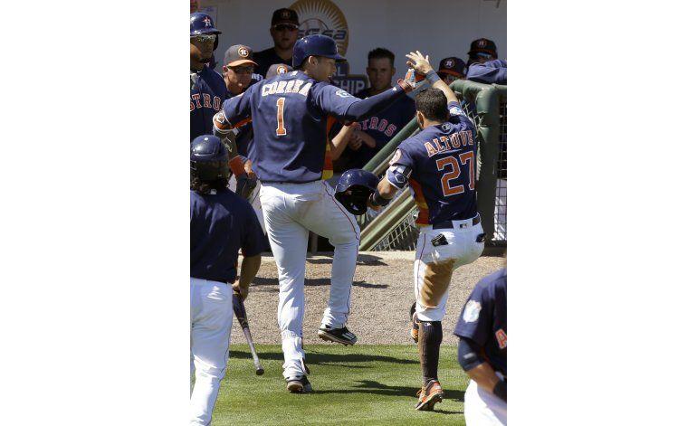 Correa llega a 3 jonrones; Astros vencen a Bravos