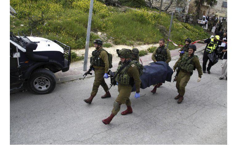 Israel detiene a soldado que le disparó a palestino tirado