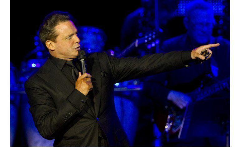 Luis Miguel suspende conciertos en el  Auditorio