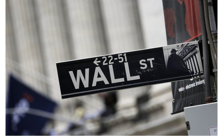 Wall Street tiene primera pérdida semanal desde febrero