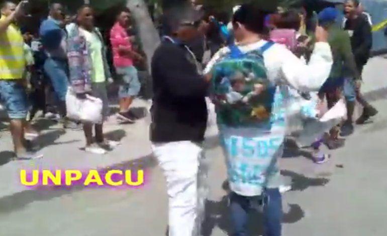 Grupo de disidentes tomó las calles de la Habana para realizar un cacerolazo contra el gobierno