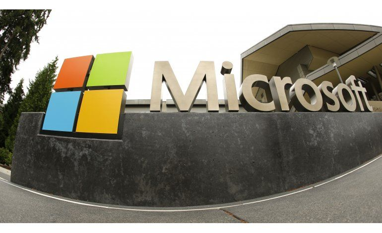 Microsoft suspende chatbot que aprendió demasiado