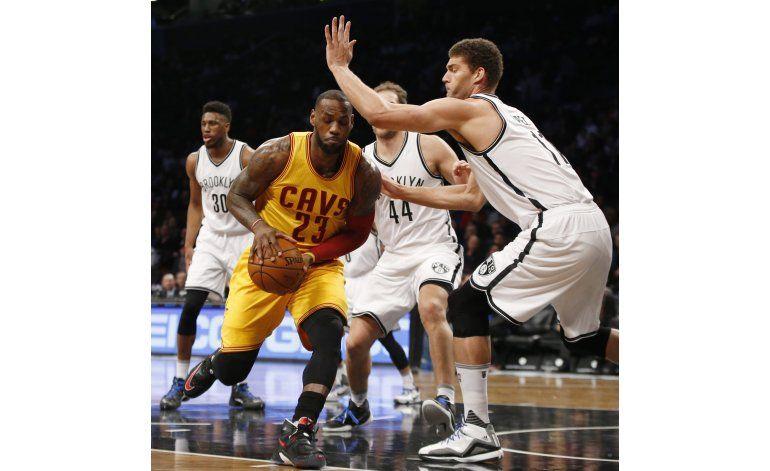 Nets sorprenden a LeBron y los Cavs en triunfo de 104-95