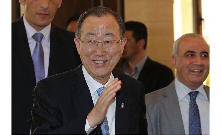 Jefe ONU visita campo palestino que fue destruido en 2007