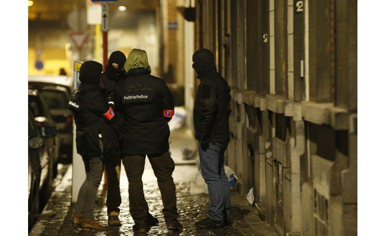 LO ULTIMO: Testigo vio a policía disparar a un hombre