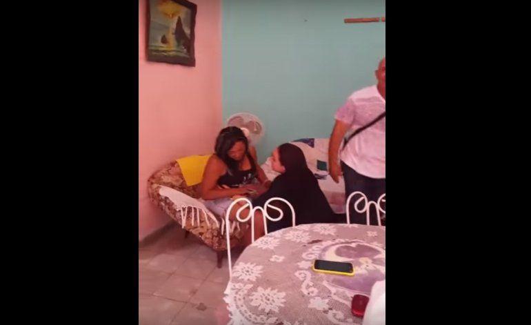 [Video] Cubana sorprende a su familia en Cuba después de 2 años